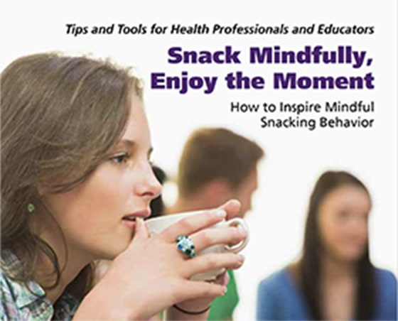 How to inspire mindful snacking behavior